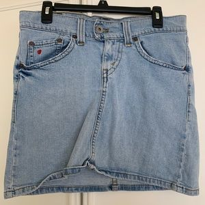 Levi's denim skirt!